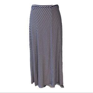 🌺loft🌺ladies maxi skirt size (Medium)
